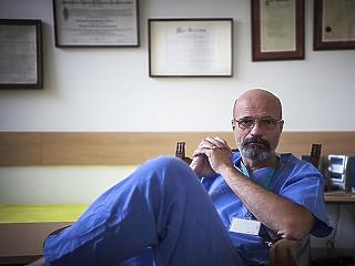 Zacher Gábor szerint a magyar kórházakba is be kéne engedni a forgatócsoportokat