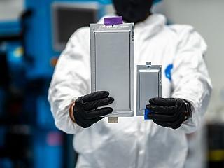 Forradalmi új akkumulátort gyártó cégbe fektetett a BMW és a Ford