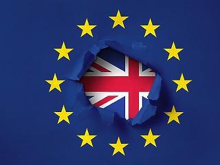 A brit kormány is rábólintott a Brexit halasztására