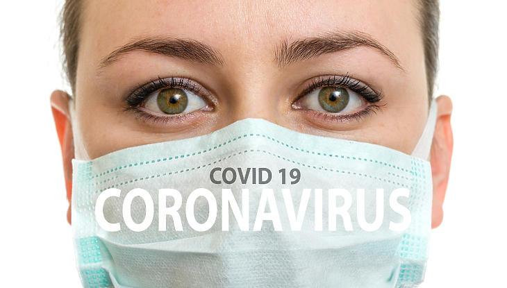 Figyelik a vírussal kapcsolatos álhíreket. Fotó: depositphotos.com