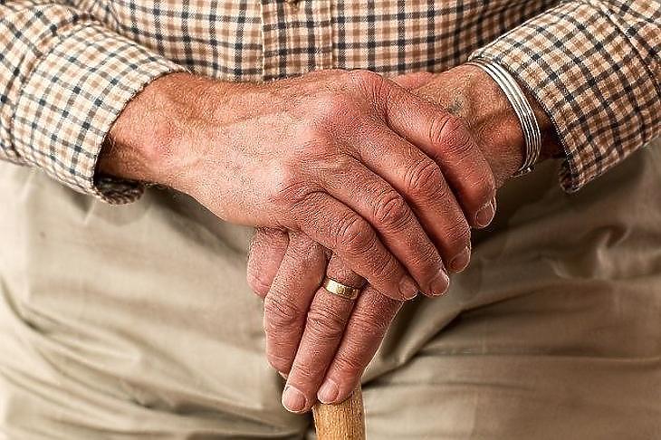 idősek egyetlen szabadság
