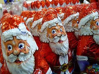 Gyáli Mikulás: több milliós ajándékkal lepte meg magát a polgármester