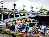 A szabadban is kötelezővé tennék a védőmaszkot Párizsban