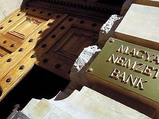 Az MNB 0,9 százalékon tartotta az alapkamatát
