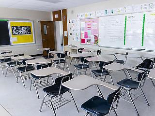 Azonnali oltást kérnek a pedagógusok