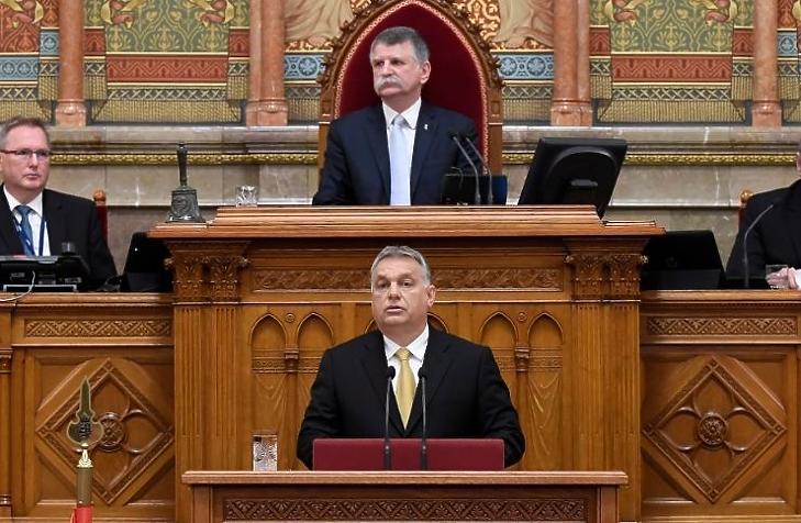 Orbán Viktor újabb korlátozásokat jelentett be (Fotó: MTI)
