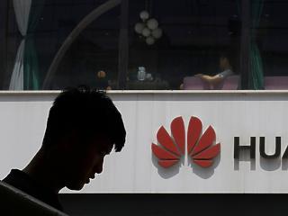 Kína a Huawei-szankciók azonnali eltörlésére szólította fel az USA-t