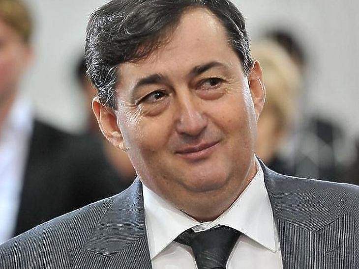 A 4iG Mészáros Lőrinc cégbirodalmához tartozik.