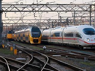 Kicsit megnőtt a késések száma, 4,9 milliárd eurós állami segítséget kérhet a német vasút