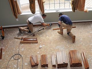 Már féláron is lehet kapni felújítandó családi házat