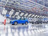 Rövidített munkaidőre kényszerülnek a német autógyárak, mert nincs elég alkatrészük