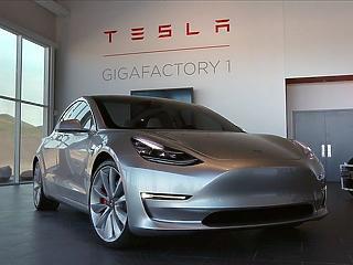 2030-ig minden hatodik autó hibrid vagy elektromos lesz