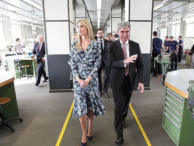 Kaeser Ivanka Trumppal a Siemens Technik Akademie-n (Wikipedia)