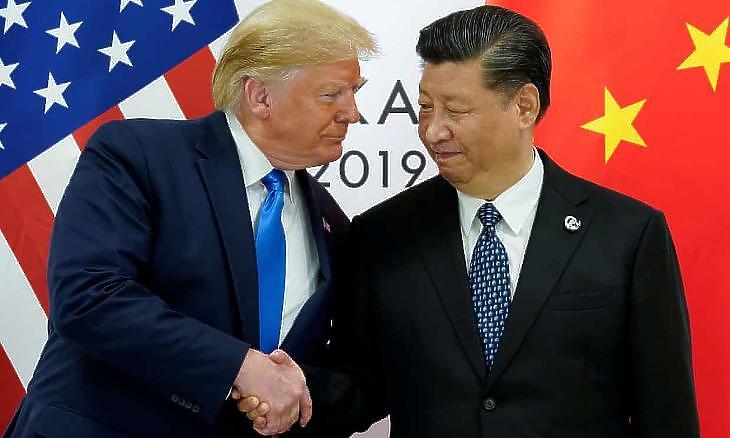 Donald Trump és Hszi-Csin-ping kínai elnök Oszakában (fotó: Kevin Lamarque/Reuters)