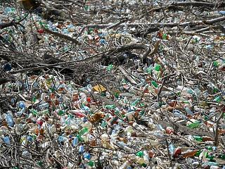 Mégse akkora gond, hogy műanyag van az ivóvízben?