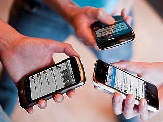 Szarvat növesztenek a fiatalok a túlzott okostelefonozástól