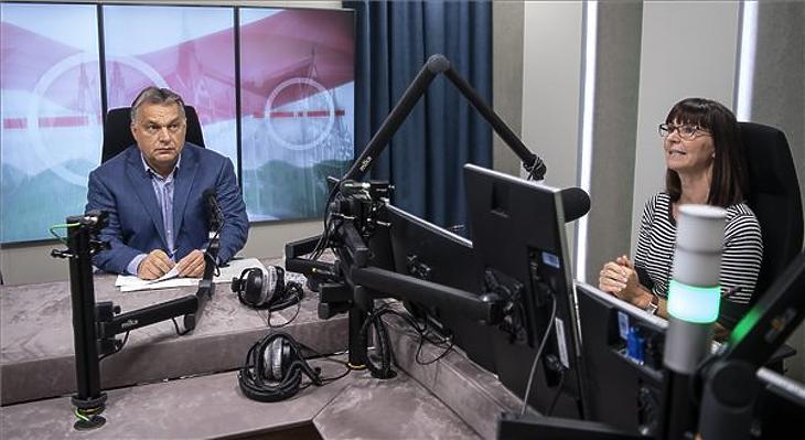 Orbán Viktor interjút ad a Jó reggelt, Magyarország!-ban Nagy Katalin műsorvezetőnek egy korábbi alkalommal. (MTI Fotó: Szigetváry Zsolt)