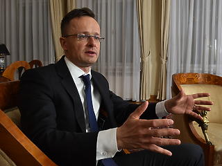 Van még néhány nagy ágyúgolyó a csőben - interjú Szijjártó Péter külgazdasági és külügyminiszterrel