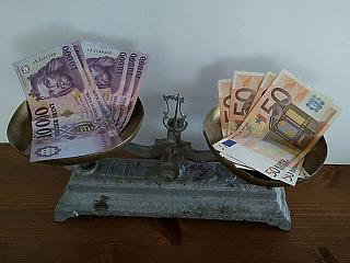 Lassan már csak nekünk nem kell euró