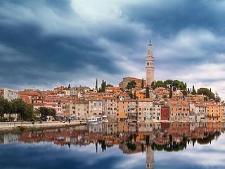 Újabb lépéssel mentenék a horvátok a turisztikai szezont