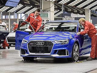 Csiphiány: a termelés visszafogására kényszerül a győri Audi