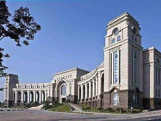Üzenjünk Pekingnek - konzultációt hirdetett Karácsony Gergely és Baranyi Krisztina a Fudan egyetem ügyében