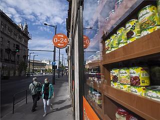 A korlátozások eltörlése után se változott a boltok forgalma