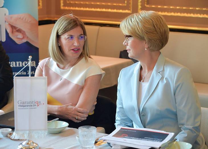 Mager Andrea és Dr. Búza Éva (Forrás: Garantiqa Zrt.)
