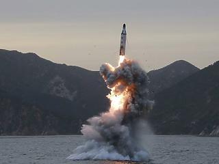 Észak-Korea megint rakétát lőtt ki
