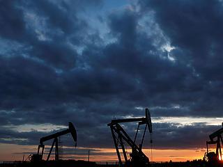 Beütött a karácsonyi pánik az olajpiacon