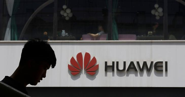 A Huawei a washingtoni döntéshozókra mutogat (Fotó: Shutterstock)