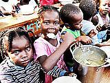 Egyre többen éheznek a világon, de az elhízottak száma is nő