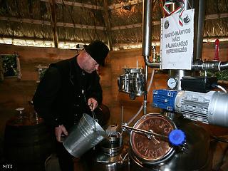 8 millió liter pálinkát készítettek tavaly a bérfőzdék