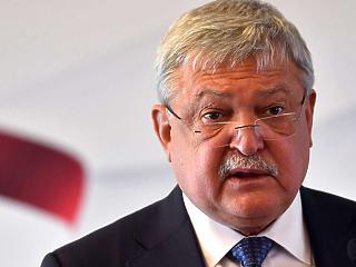 Olaszok gáncsolhatják el az OTP-t a román bankért folytatott versenyfutásban