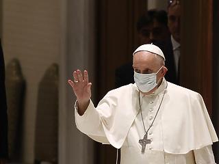Milyen oltást kapott a pápa és milyent az európai politikai elit? Megmutatjuk