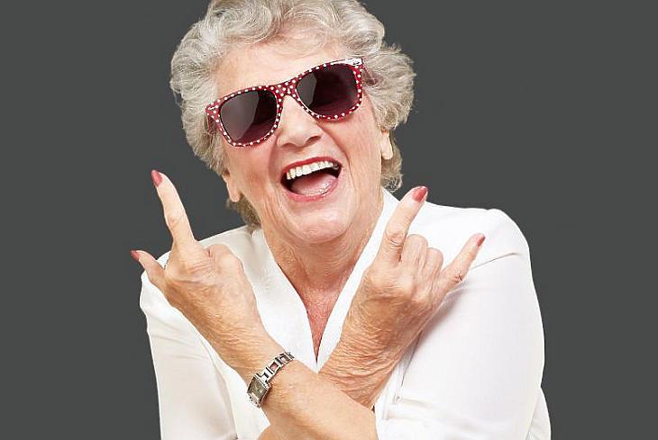 A nyugdíjas korra is érdemes előtakarékoskodni (forrás: deposithotos.com)
