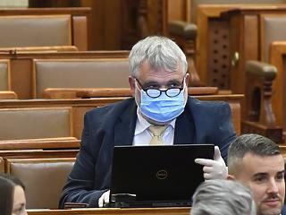 A rendeleti kormányzás és a koronavírus árnyékában ül ma össze az Országgyűlés