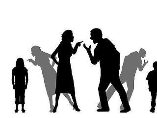 Iskolapszichológusok: karanténban felerősödhetnek a családi bántalmazások