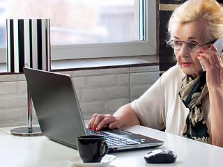 Hétfőn utalják, szerdán kézbesítik a nyugdíjakat