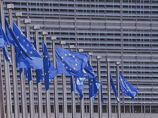 Uniós támogatásokat vonhat meg Magyarországtól Brüsszel