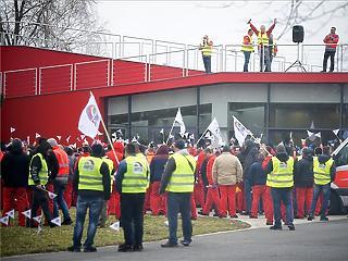 Németország másik Audi-üzeme is leállhat mától a győri sztrájk miatt
