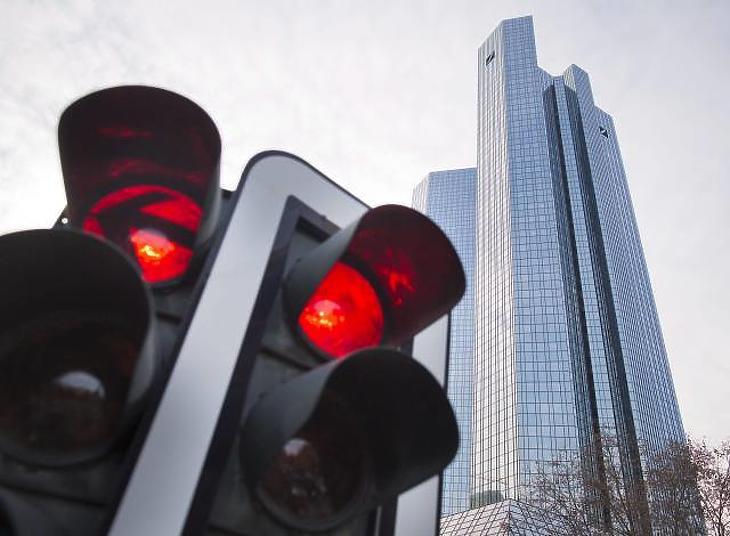 A Deutsche Bank épülete Frankfurtban. Kép forrása: EPA