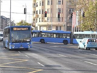 250 millió forintba kerül rendbe tenni a metrópótló buszsávját a Váci úton