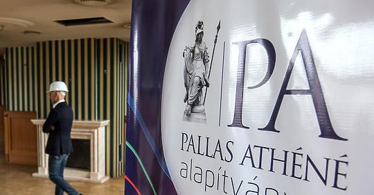 Újabb értékes ingatlant vásárol az MNB-alapítvány a Budai Várban