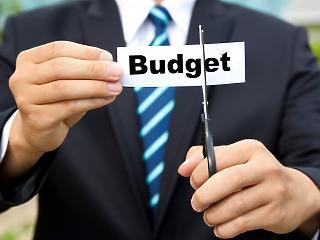A francia és az olasz költségvetés miatt aggódik a Bizottság