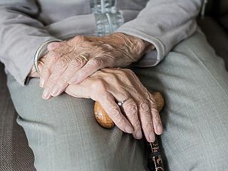 Az aktív eutanázia eszközei a lélegeztetőgépek az idősotthonokban?