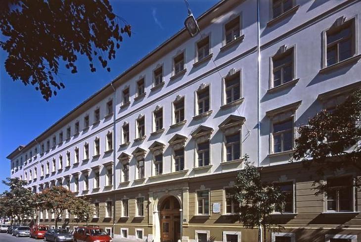A Seven House új székhelye a Lövőház utcai Millenáris Classic Irodaházban. Fotó: epiteszforum.hu