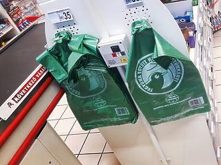 Betiltották az egyszer használatos műanyagokat Magyarországon - itt a termékek listája