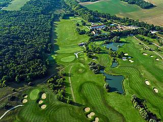 Mészáros Lőrinc megvette, rögtön rekordokat hozott a golfklub
