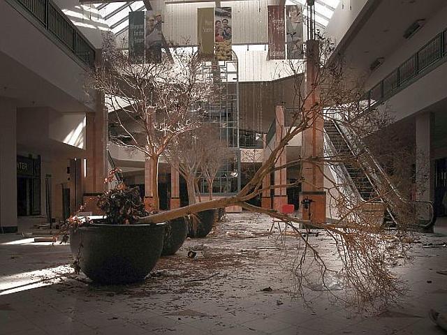 Az elhagyatott Lincoln bevásárlóközpont Chicagóban